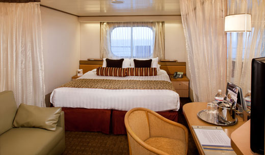 Large Ocean-view Stateroom (Obstructed View) (HH)