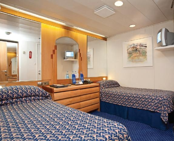 cruise maritime voyages 2015 cruises on marco polo. Black Bedroom Furniture Sets. Home Design Ideas